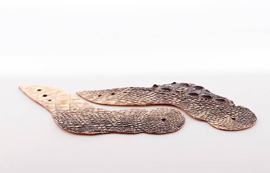 Lot326-Alligator Straps